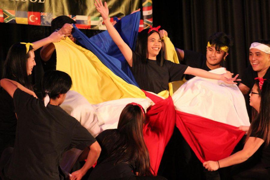 TGIF+representing+the+Philippines+Island+%0A