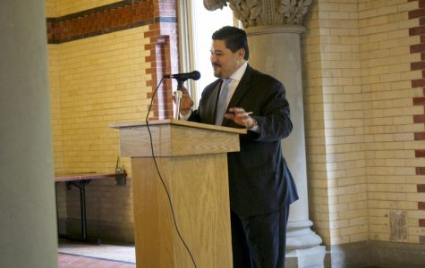 Diversity Binds New York City: Chancellor Carranza Hosts a Journalism Round Table