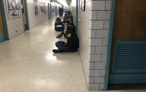 Congested Hallway Disrupts Classes on the Second Floor