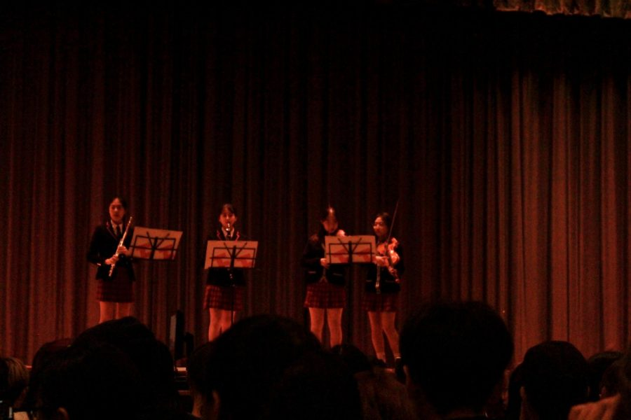 Dongtan Global High School students amaze the audience with their first performance, the minor orchestra.